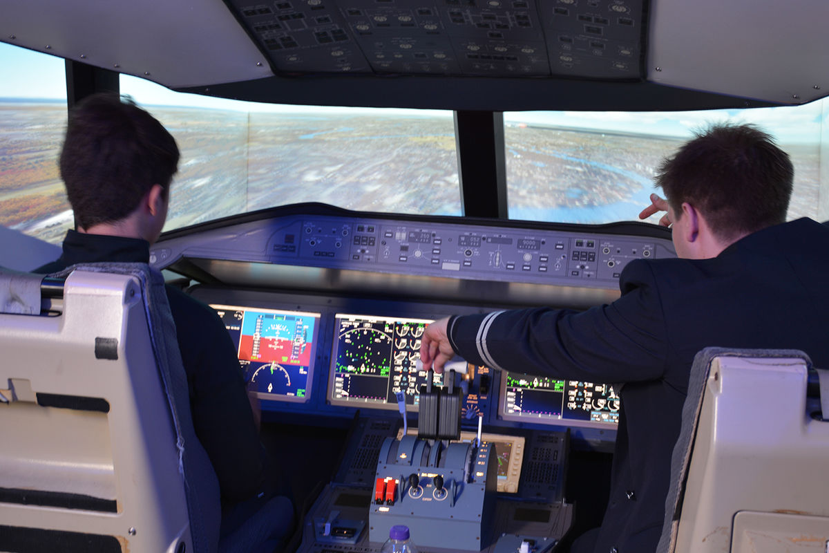 A visitor tries out the BA Simulator
