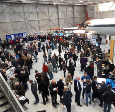 Crowd of people at Flight Sim 2016
